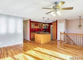 363 Cedarhurst St, Islip Terrace, NY 11752