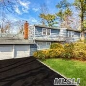 Photo of 2 S Pine Dr  Roslyn  NY