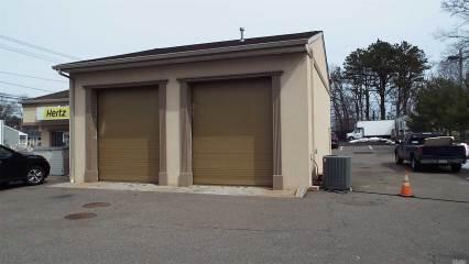 604 Montauk Hwy, Shirley, NY 11967