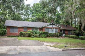 Photo of 2140 NW 7th Place  Gainesville  FL
