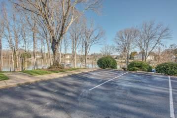 102 Northshore Ct B02, Cherryville, NC 28021