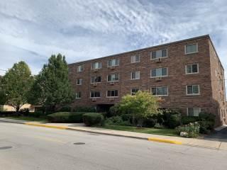 Photo of 477 Graceland Avenue  Des Plaines  IL