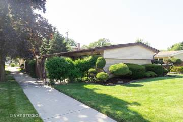 Photo of 9256 South Harding Avenue  Evergreen Park  IL