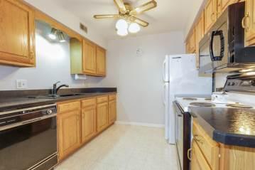 450 West Downer Place, Aurora, IL 60506