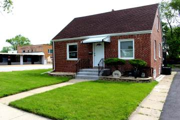 Photo of 12701 South Throop Street  CALUMET PARK  IL