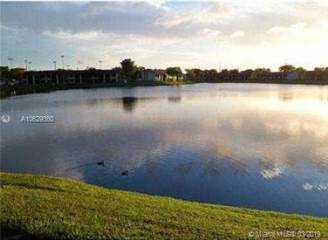 Photo of 212 Lake Pointe Dr  Oakland Park  FL