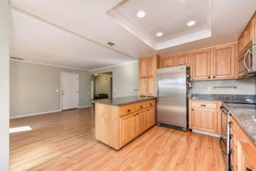 8304 Conover Dr, Citrus Heights, CA 95610