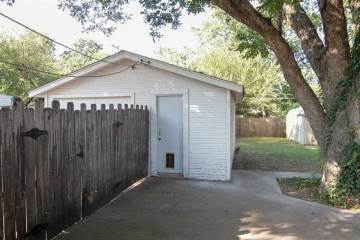 229 Nw 10Th, Ardmore, OK 73401