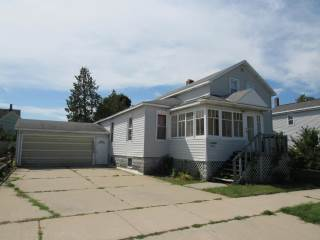 Photo of 212 Tawas Street  Alpena  MI