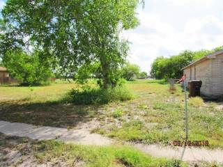 1998 S 2Nd, Kingsville, TX 78363