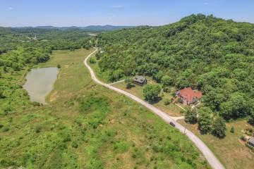 715 Lake Hollow Rd, Woodbury, TN 37190