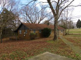 2055 Bend Road, Clarksville, TN 37040