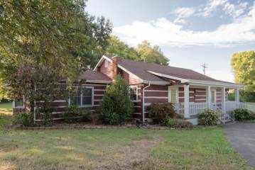 1355 Westfield Rd, Dickson, TN 37055
