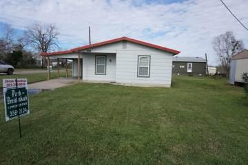 Photo of 201 Shelly  Refugio  TX