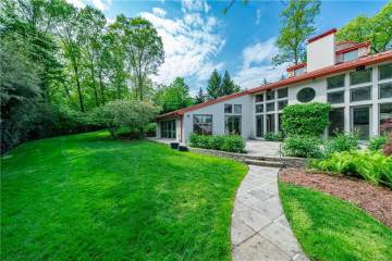 24 Claudet Way, Eastchester, NY 10709-1539