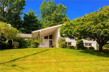 Photo of 31 Lakeshore Drive  Eastchester  NY
