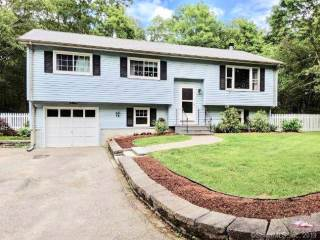 Photo of 27 Deer Ridge Road  Stonington  CT