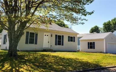 Photo of 18 Woodlawn Avenue  Waterford  CT