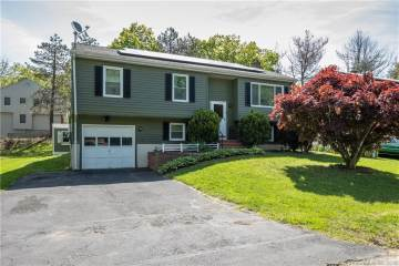 Photo of 231 Julia Terrace  Middletown  CT