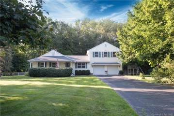 Photo of 7 Amante Drive  Easton  CT