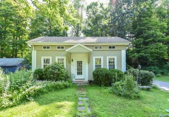 Photo of 452 East River Road  Barkhamsted  CT