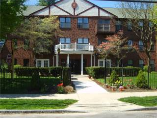 Photo of 45 Highland Street  West Hartford  CT