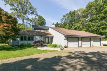 Photo of 812 Turkey Hill Road  Chester  CT