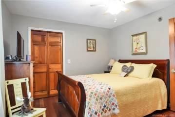 52 Benjamin Road, Preston, CT 06365