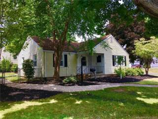Photo of 33 Federal Street  West Hartford  CT