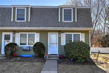 135 Brentwood Drive, Wallingford, CT 06492