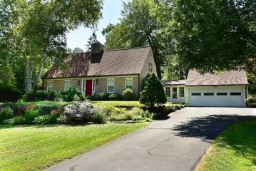 Photo of 154 South Road  Farmington  CT