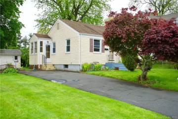 Photo of 39 Wade Avenue  Bloomfield  CT