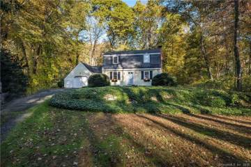 Photo of 11 Carriage Lane  Essex  CT