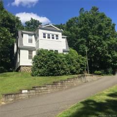 Photo of 106 Glenwood Avenue  Middlebury  CT