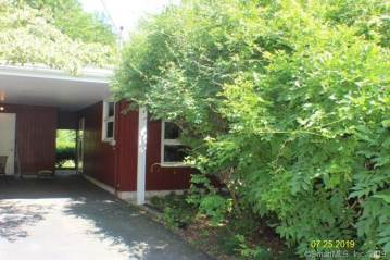 65 Rogers Lake Trail, Old Lyme, CT 06371