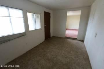 9448 E Kedron Drive, Hereford, AZ 85615