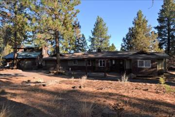 20518 Pine Vista Drive, Bend, OR 97702