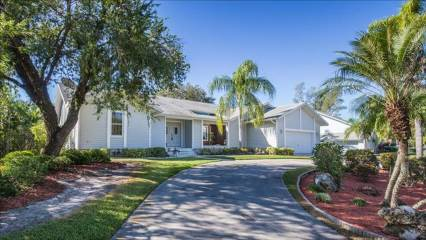 Photo of 7239 Hendry Creek Drive  Fort Myers  FL