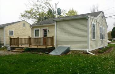 81 Midway Oval, Groton, CT 06340