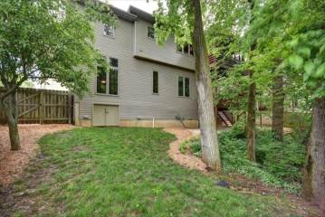 1909  South Pin Oak Drive, Springfield, MO 65809