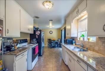 1602 Del Monte Ave, Modesto, CA 95350