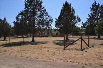 12592 Sw Wheat Grass Rd, Terrebonne, OR 97760