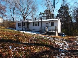 1100 N Forest Dr, Waynesboro, VA 22980