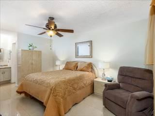 4674 Carambola Cir N, Coconut Creek, FL 33066