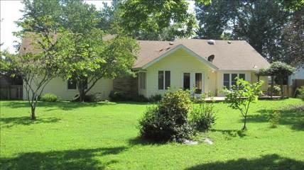 1837 East Holiday Street, Springfield, MO 65804