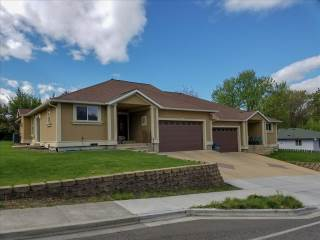 1026  18Th Ave, Lewiston, ID 83501