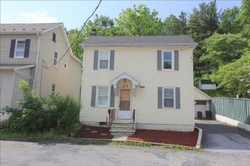 Photo of 673 W Washington St  Slatington  PA