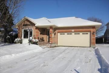 Photo of 51 Springwood Circle  Ottawa  ON