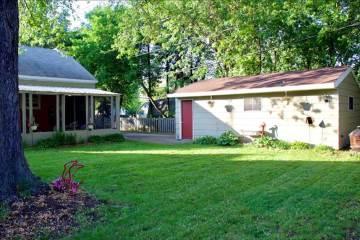 726 W Winneconne Ave, Neenah, WI 54956