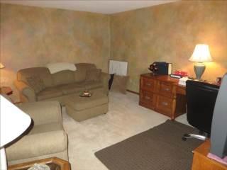 716 Prairie Rose Dr, Perrysburg, OH 43551